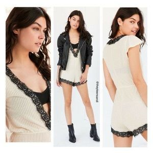 Urban Outfitters Lace Romper 👌
